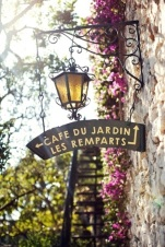 street-in-paris